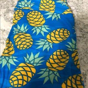Lularoe pineapple leggings